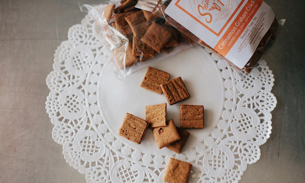 snackin free paleo crackers